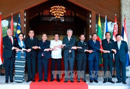 ASEAN urged to enhance connectivity global role