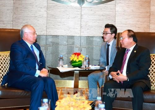 Prime Minister meets with Malaysian PM