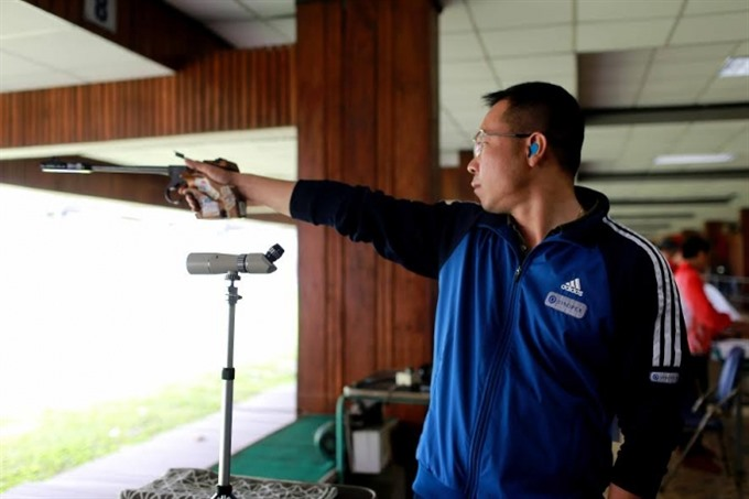 Vinh wins two golds at national shooting cup