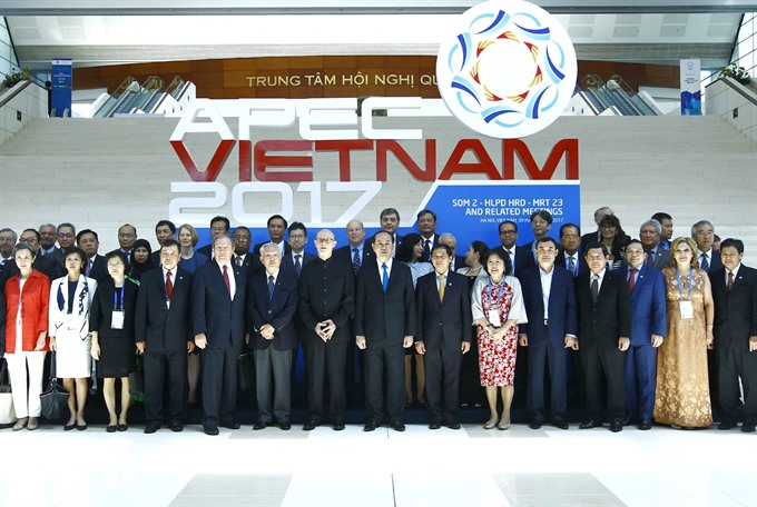 APEC mulls mechanisms to boost trade investment