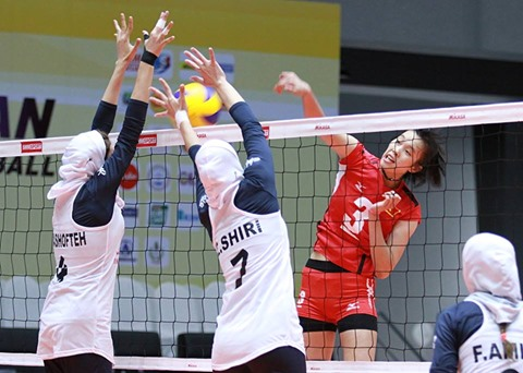 Việt Nam beat Iran in U-23 Asian Volleyball