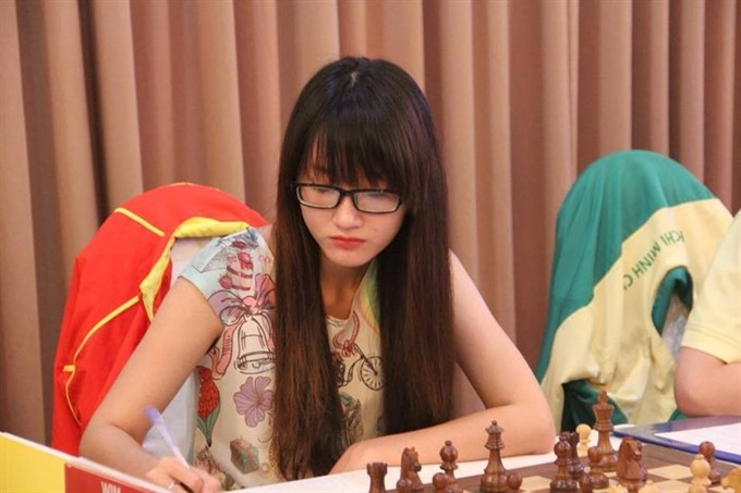 Phụng remains on top of Asia chess championship