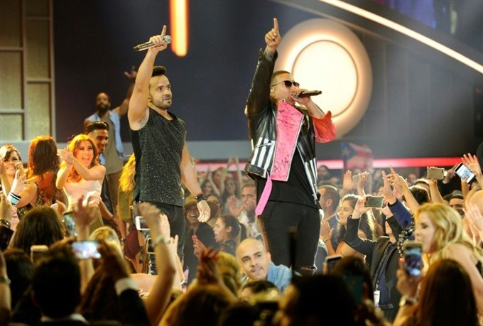 Spanish conquers US song chart with Fonsis Despacito
