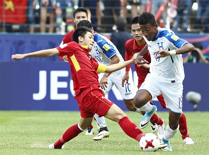 Việt Nams World Cup dream ends after 0-2 defeat