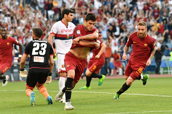 Perotti rescues Roma on Tottis farewell party