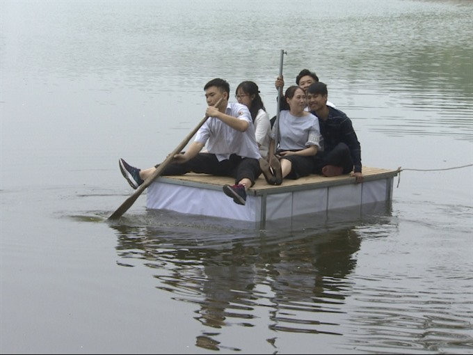 Special 'bed to save people during floods