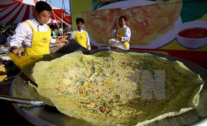 Food flea market to open in Cần Thơ