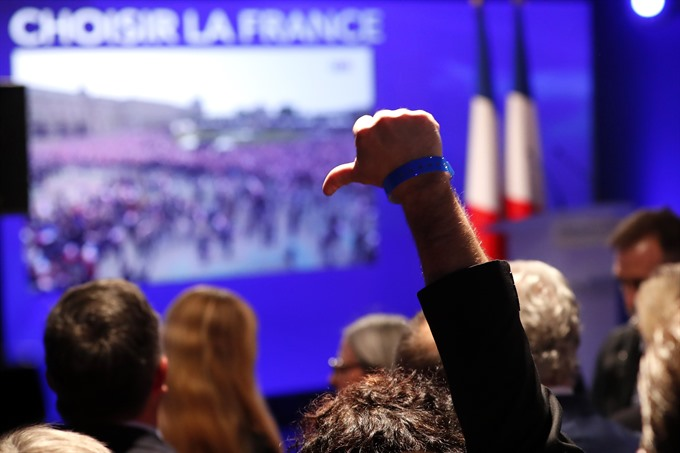 Macron: I will fight the divisions that undermine France