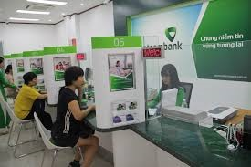 Moodys raises credit rating for Vietcombank