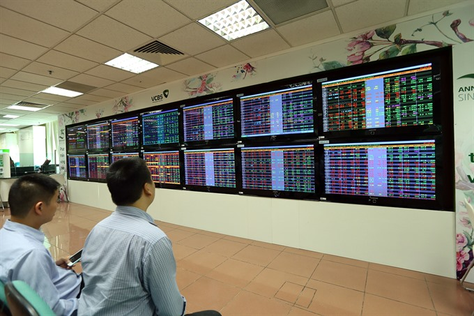 Vietnamese stocks boosted by bargain hunting