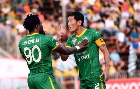 Công suspended for three matches