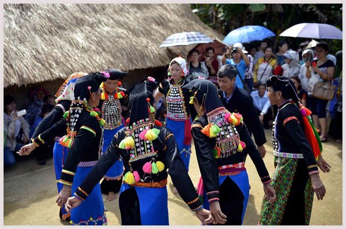 Discovering a few open secrets in Việt Nam