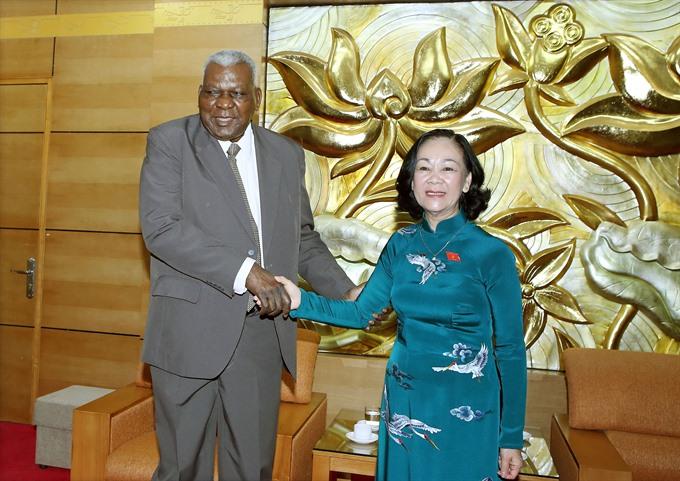 Việt Nam – Cuba friendship meeting held in Hà Nội