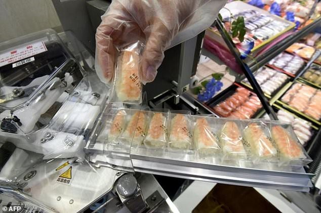 Sushi chef in a day: Japan food firms showcase tasty technology