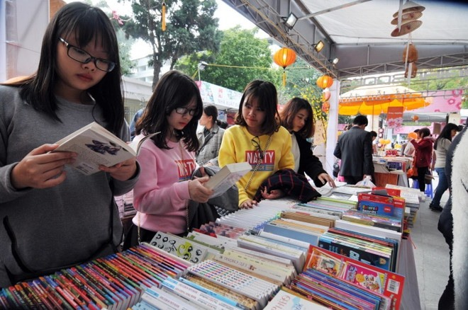 HCM City Book Street attracts 1.2m visitors this year