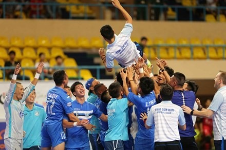 Thái Sơn Nam take national futsal title