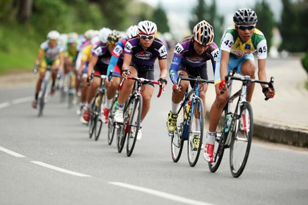 Việt Nam China to co-host intl cycling race