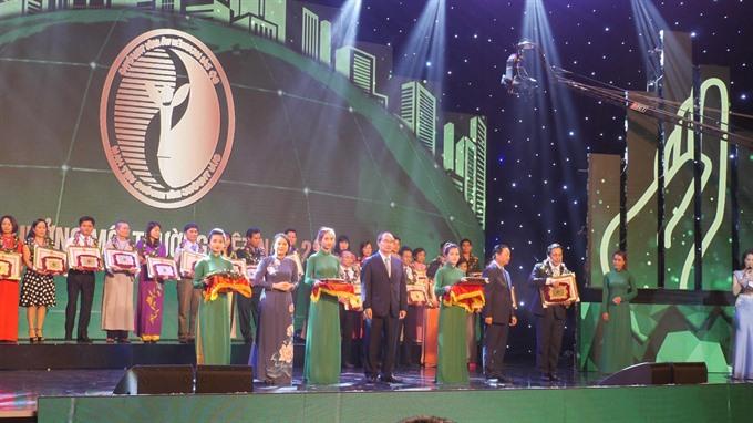 Panasonic Vietnam receives National Environment Award 2017