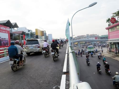Construction on Y-shaped flyover in Gò Vấp begins