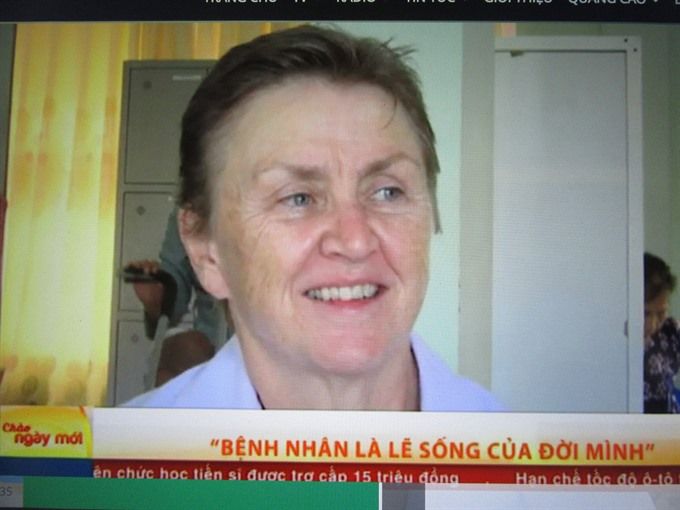 American physical therapist volunteers to save lives in Việt Nam