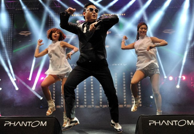 Gangnam Style dethroned as top YouTube video