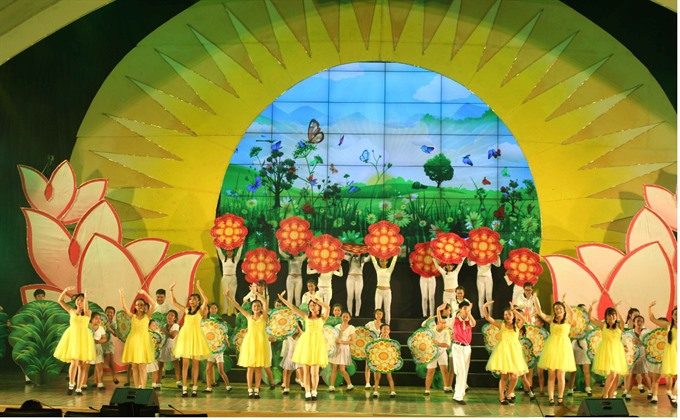 Childrens singing and dance festival begins this weekend
