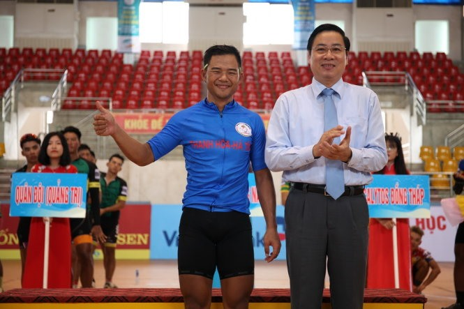 Minh wins stage of Return to Trường Sơn Cycling Tournament