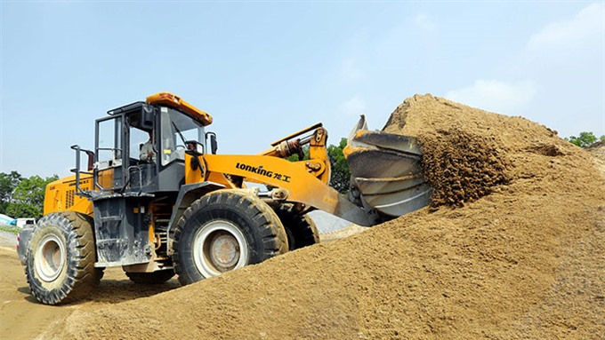 Mekong Delta faces troubling sand shortage
