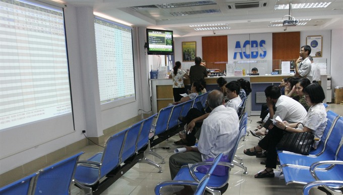 VN stocks fall for 3rd day