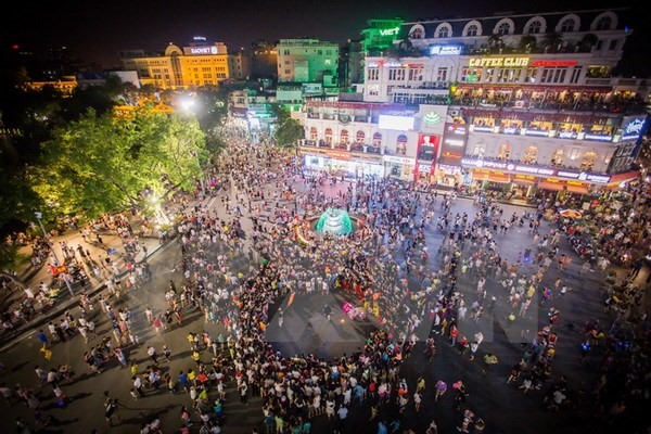 Hà Nội to tighten regulations for walking area