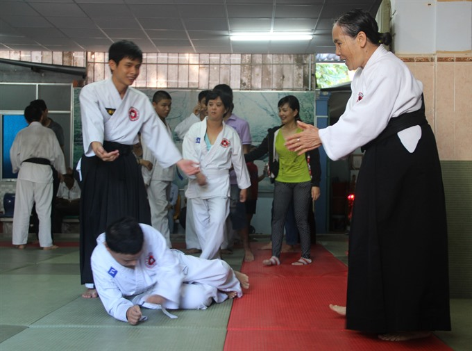 Aikido instructor connects disabled children with life