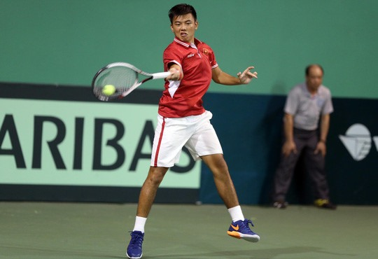 Nam wins first tennis match in China