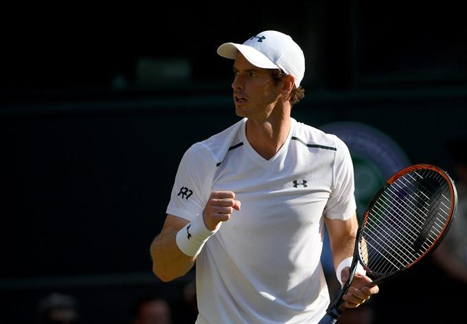 Murray Williams through as bugs hit Wimbledon