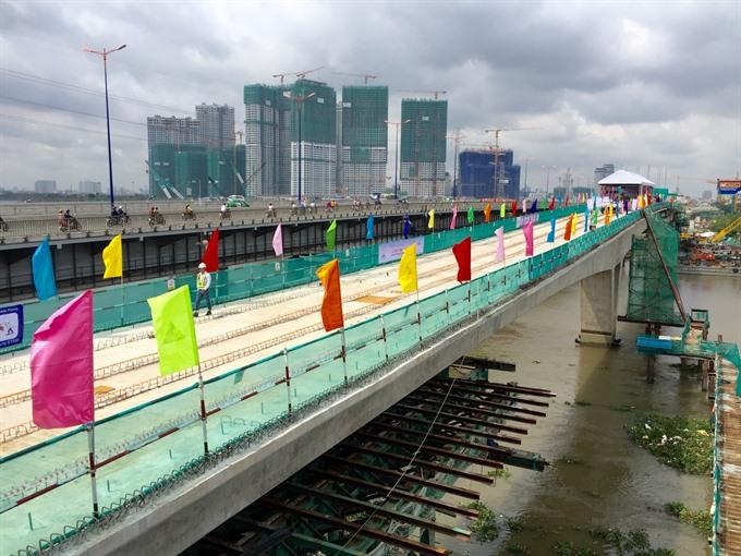 PM speeds up City metro work