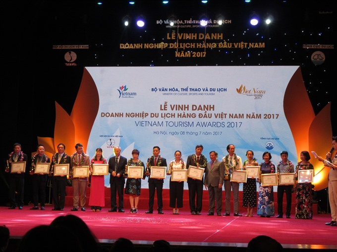 Every citizen should promote VN tourism: Deputy PM
