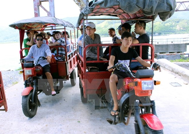 Self-modified three-wheel vehicles to be banned in Quảng Ninh