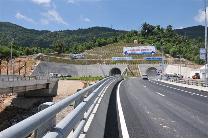 New tunnel route in central VN to open soon