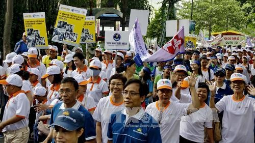 5000 people to take part in fundraising walk for AO victims