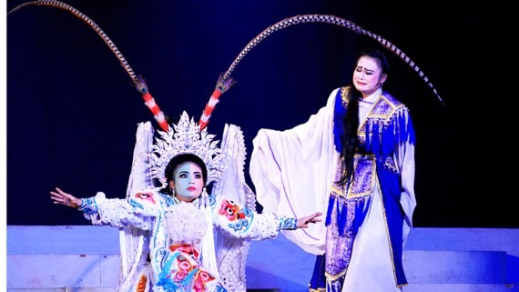 Tuồng play on historic event restaged
