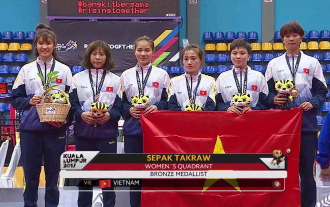 Sepak takraw womens team win bronze