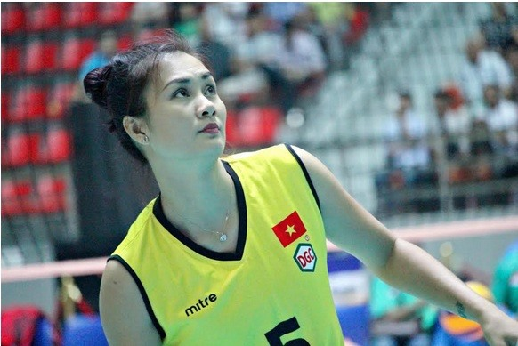 Huệ says goodbye to national volleyball team
