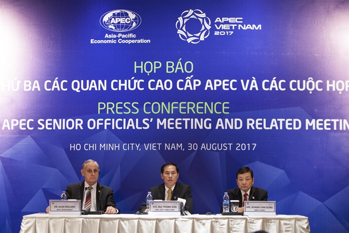 APEC members aim for free and open trade in Asia-Pacific region