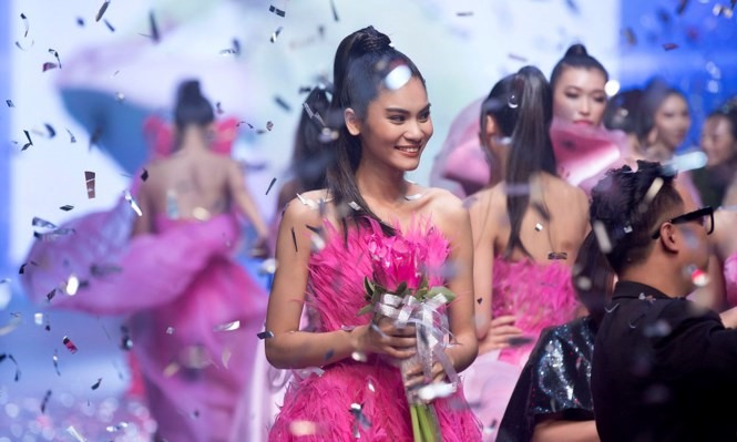 Kim Dung crowned VNs Next Top Model 2017