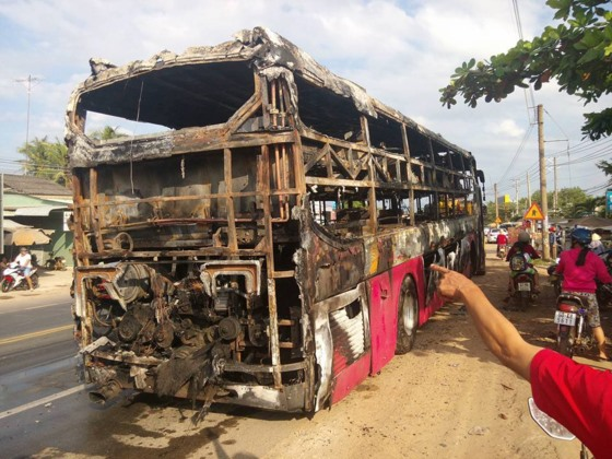 Sleeper bus catches fire 30 passengers survive