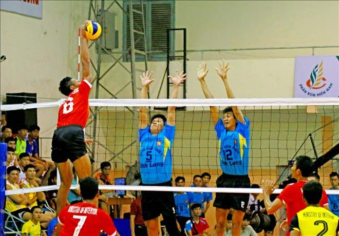 International volleyball event: Vĩnh Long lose to Cambodia