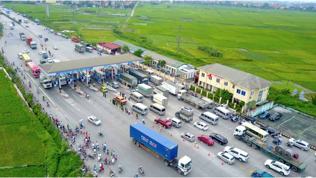 Hưng Yên proposes road toll exemption relocation