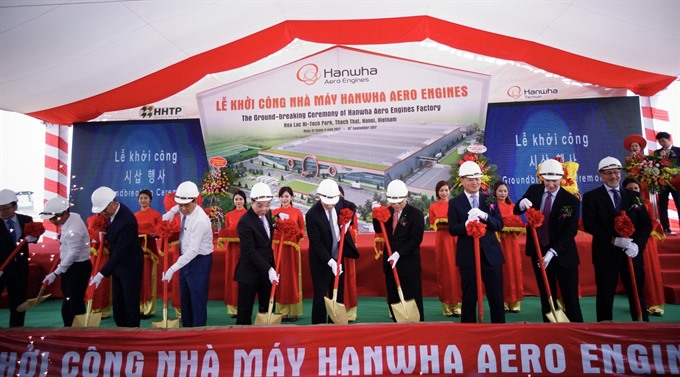Korea firm to build plane parts plants in VN