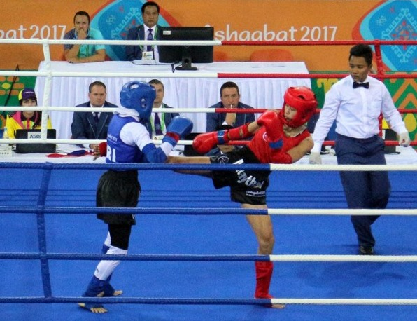 Ly wins muaythai gold at AIMAG