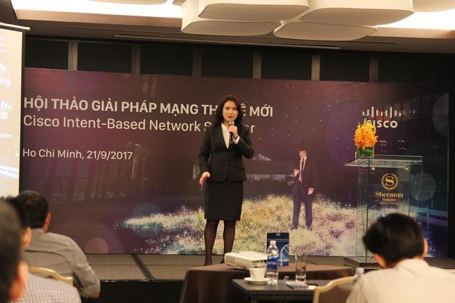 Cisco holds seminars