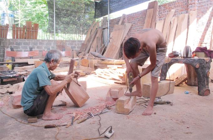 Craft villages shun worker safety